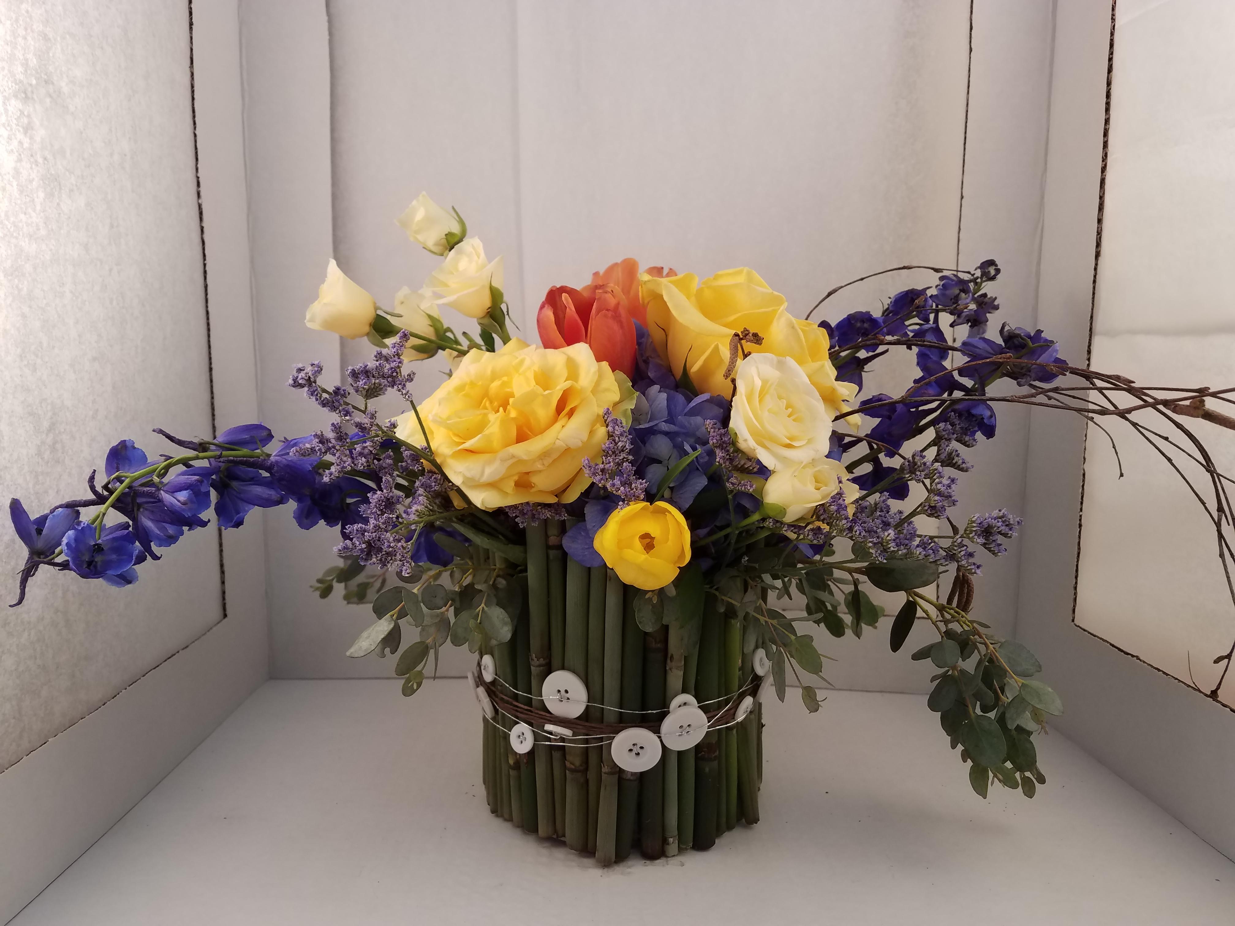 diy-floral-arrangement-class