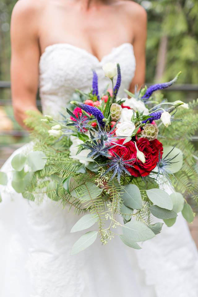 10 Thing to Know Before Hiring a Wedding Florist| DIY Denver